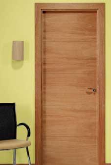 Instaladores puertas tipo semi macizas lisas para interior for Puertas semi macizas blancas